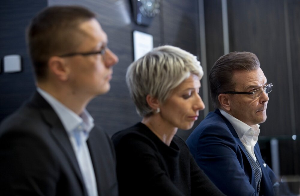 HKScan Grupi uus juhtJari Latvanen (paremal) võttis ohjad jõuliselt enda kätte ja Teet Soormi asemel juhib nüüd kontserni Baltimaade ärisid Anne Mere (keskel).