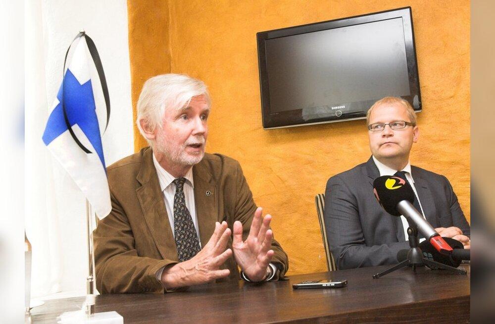 Välisministrid Paet ja Tuomioja: koos Norraga on leinas ka Eesti ja Soome