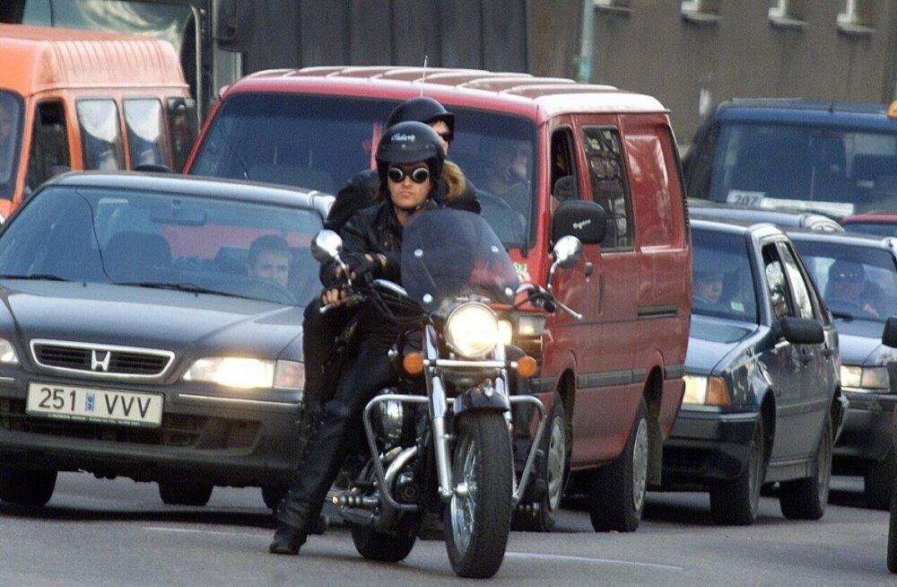 Mootorrattaga liikluses