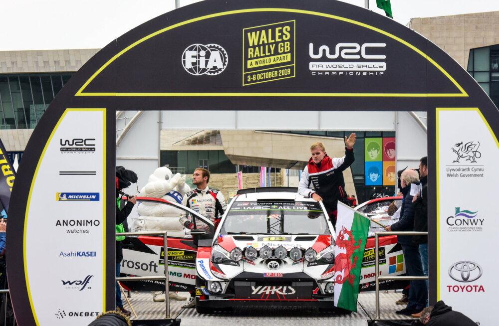 DELFI WALESIS | Walesi ralli toodi tühermaalt linna