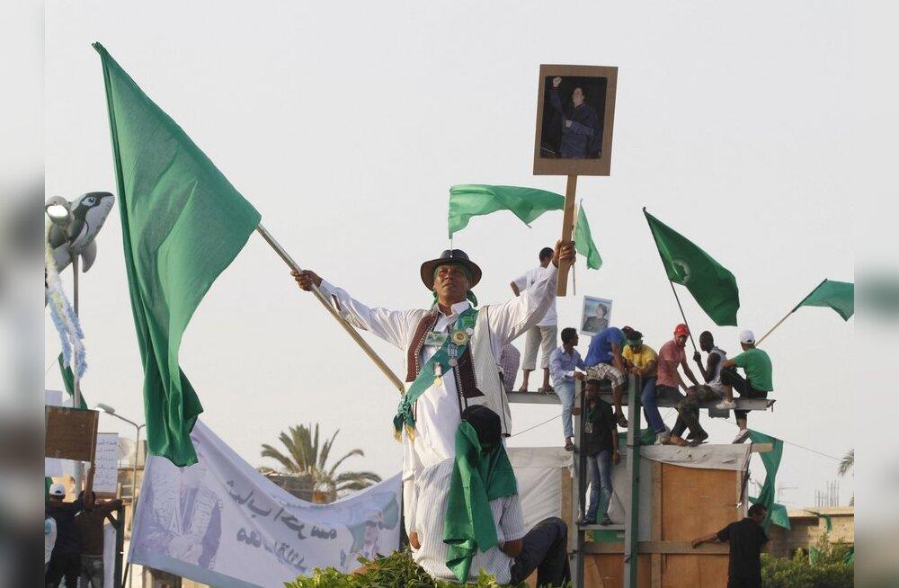 Nigeri põhjaossa saabus Liibüast suur sõjaväekonvoi