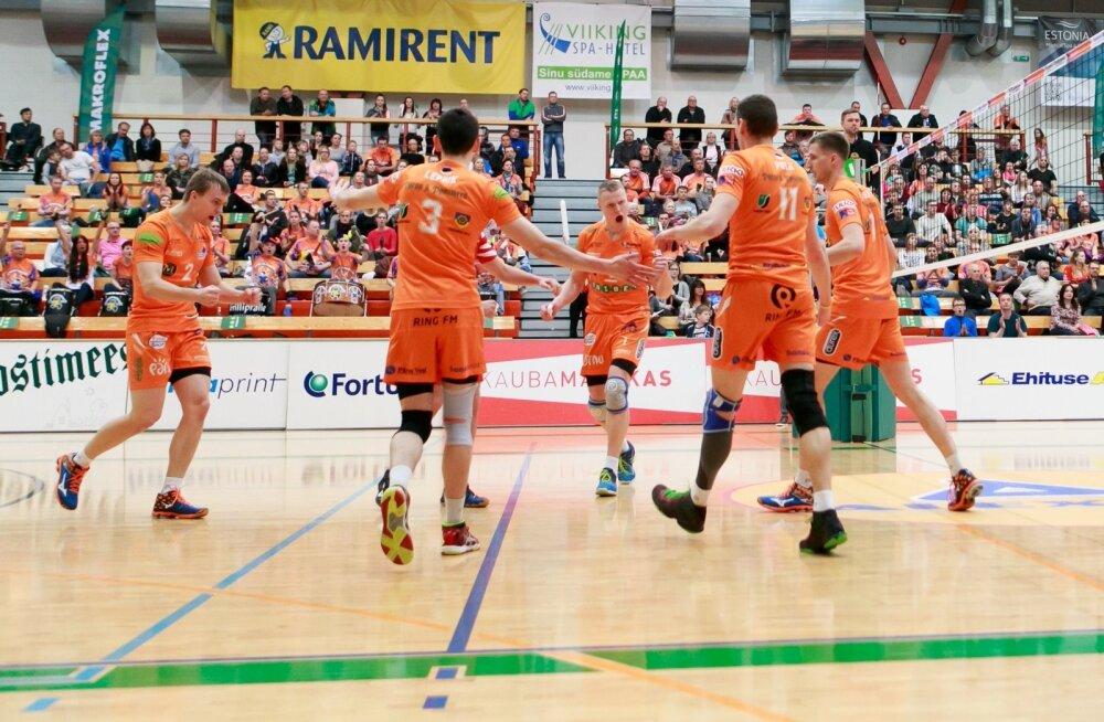 Pärnu näitas kodusaalis võimsat mängu, kus kahes esimeses geimis eksiti haruharva.