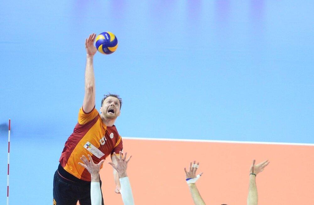 Oliver Venno rünnak mängus klubide maailmameistri Trentino meeskonnaga. Tasemelt saaks ta Itaalias kindlasti hakkama.