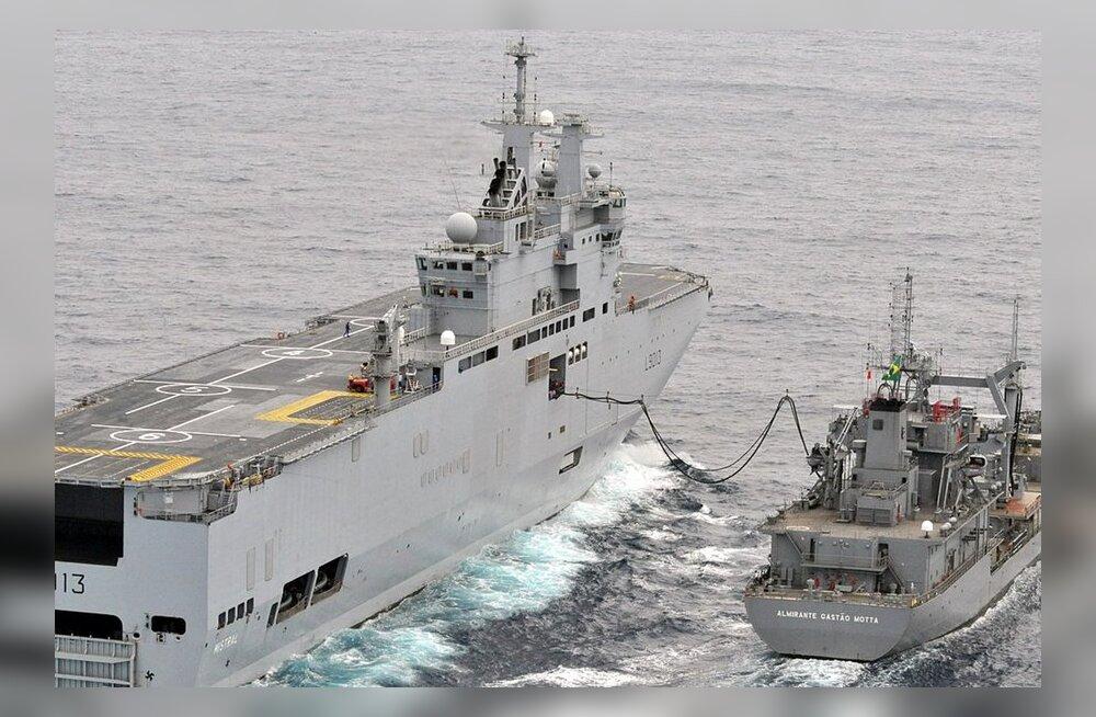 Pariis annab Moskvale sõbrakäe enda müüdud dessantlaevade meeskondade treenimisel