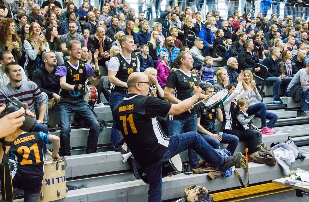 Pärnu meeskond kipub korvpalli meistriliigast kaduma.