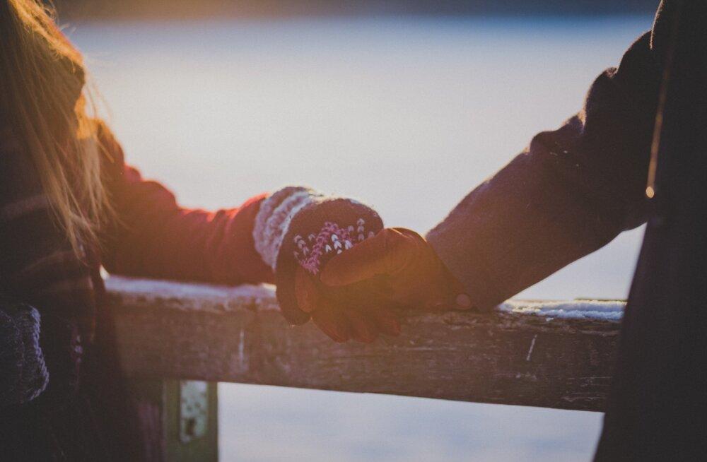 Kümme asja, mida iga mees tahaks sult esimesel kohtingul küsida, aga ei julge