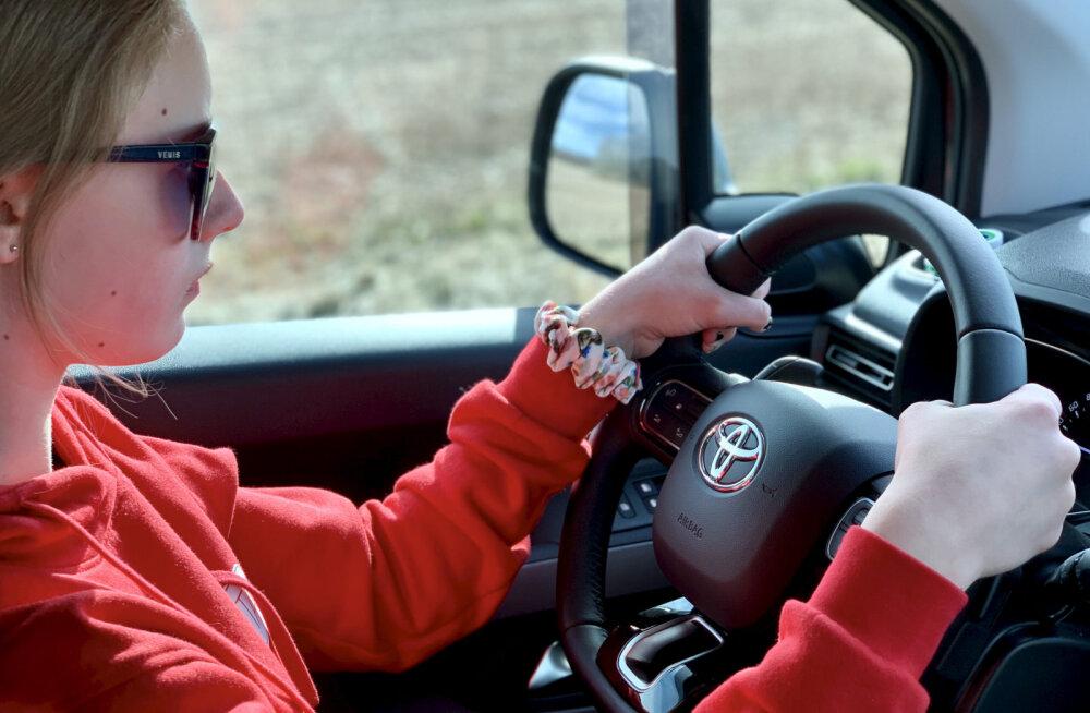 Soome uuring: noored sõidukijuhid tunnevad, et neid kiusatakse liikluses