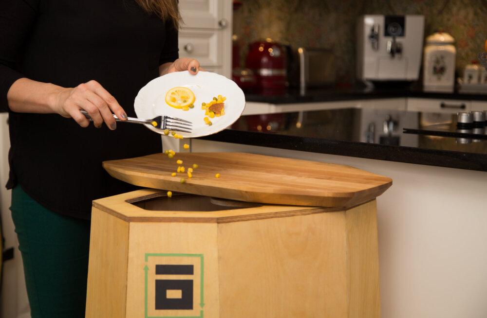 Prügi sorteerimine on tüütu? Eesti noorte idufirma loodud biokastiga saad komposti teha kasvõi enda köögis