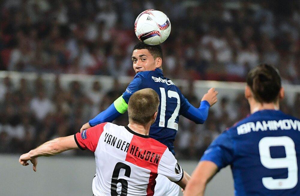 Chris Smalling (nr 12) mängus Feyenoordiga