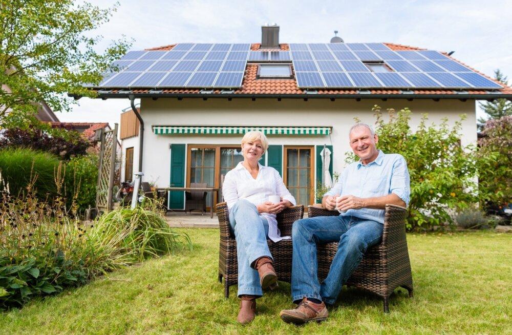 Kahjuks küll ei suuda PV-elektrijaam anda meie kliimas piisavalt elektrit talvekuudel.