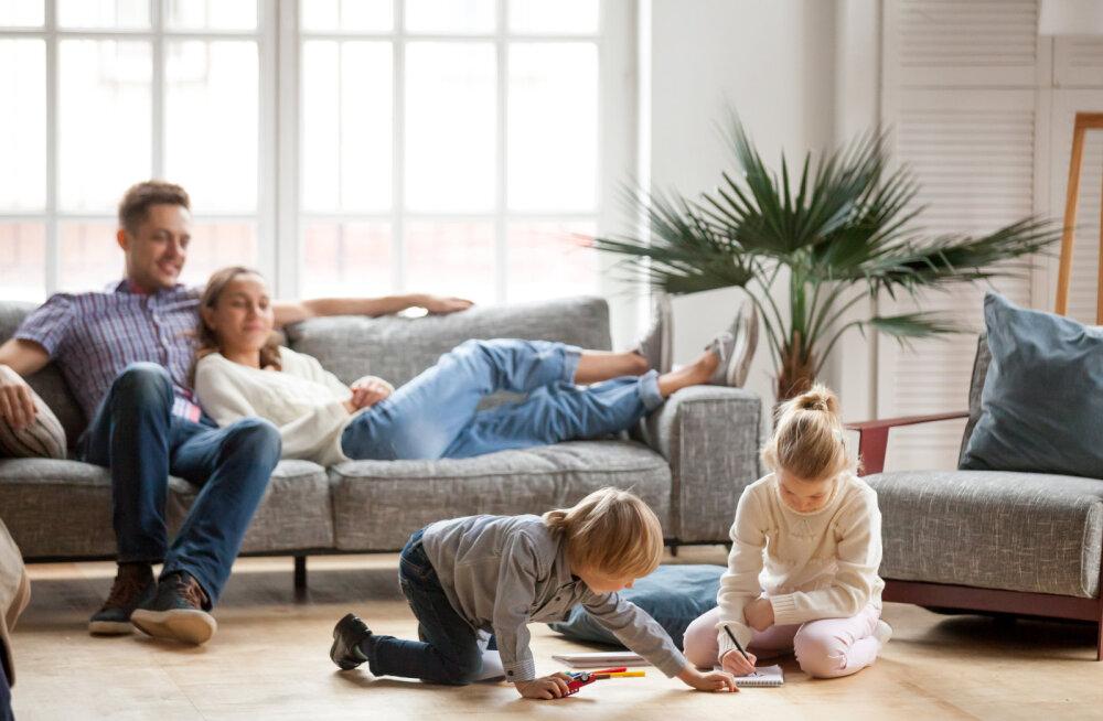Kahe lapse isa jagab soovitusi, kuidas iga mees saab ja peakski oma mudilaste ema aitama