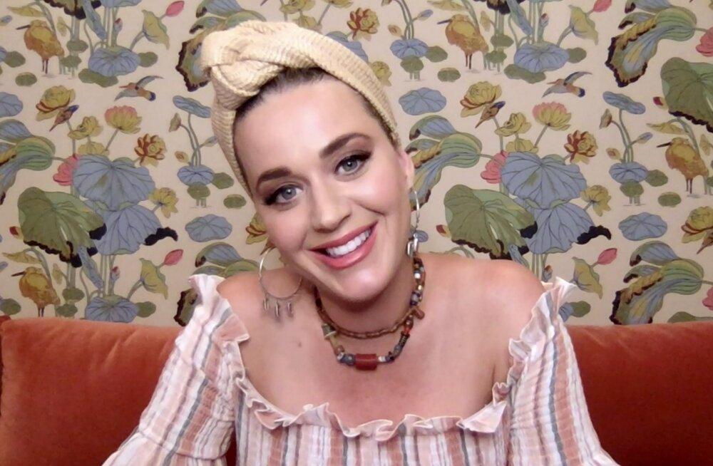 Lapseootel Katy Perry avaldas, kellest saab tema pisitütre ristiema
