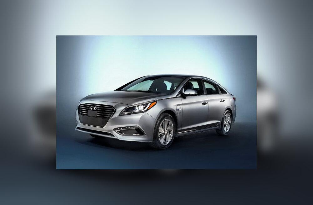 Valitud turgudele: Hyundai näitas Detroidis pistikhübriidi Sonata