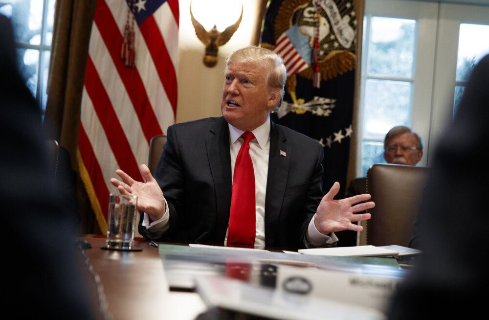Trump nimetas aktsiaturgude kukkumisi väikeseks tõrkeks