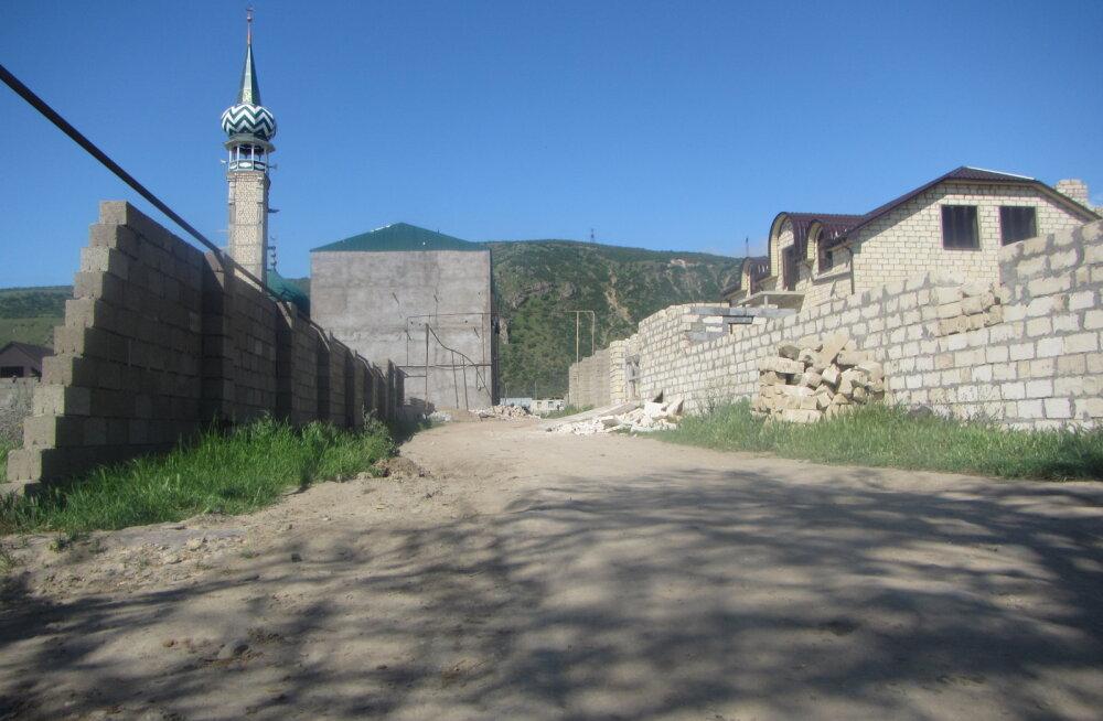 Rahata Venemaal, osa VIII: Viisa on läbi, Aserbaidžaani ei lubata – miilits saadab Moskva poole teele