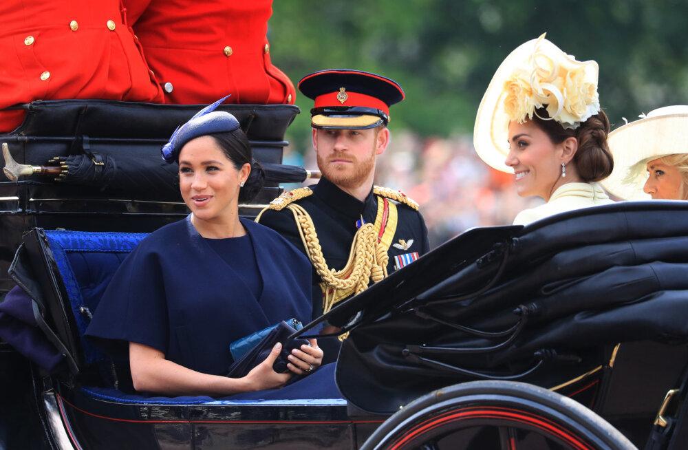 Kuninglike järgmine tüli? Kuninganna Elizabeth II keelas oma külalistel prints Harryt ja Meghan Markle'it mainida