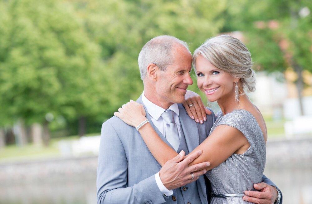 FOTOD | Ingrid ja Toomas Tõniste glamuurne hõbepulm idüllilises kuurordis