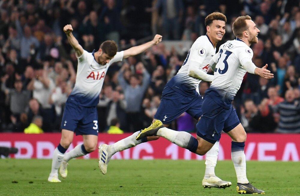 Tottenhamil on edukad ajad nii väljakul kui ka selle kõrval.