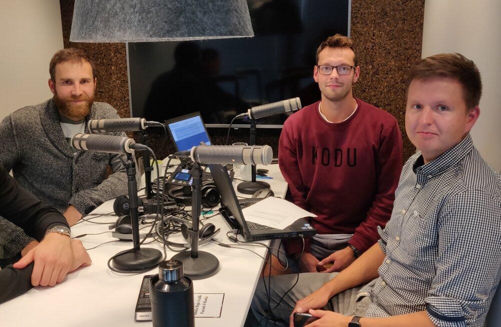 Renee Teppan, Andres Toobal, Karl Rinaldo ja Urmas Piik Manta Maja stuudios.