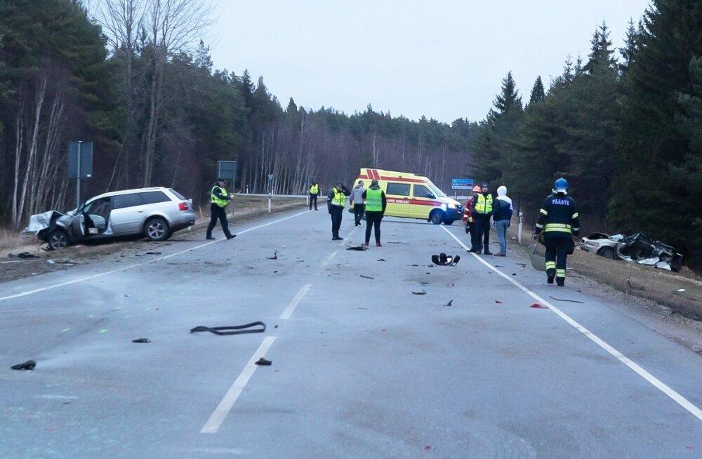 Kiiklusõnnetus Saaremaal, kolm hukkunut