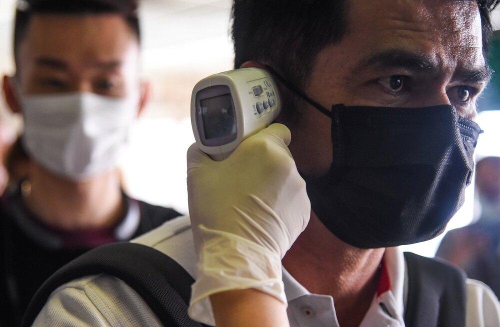 """""""Tehke kõik, mis võimalik"""". Lõuna-Koreas kasvas koroonaviirusesse nakatunute arv hüppeliselt"""