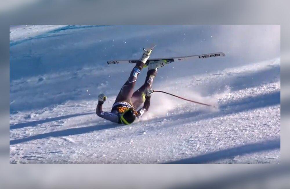 VIDEO | Karm õnnetus: Ńorra mäesuusataja viidi õnnetu kukkumise tagajärjel helikopteriga haiglasse