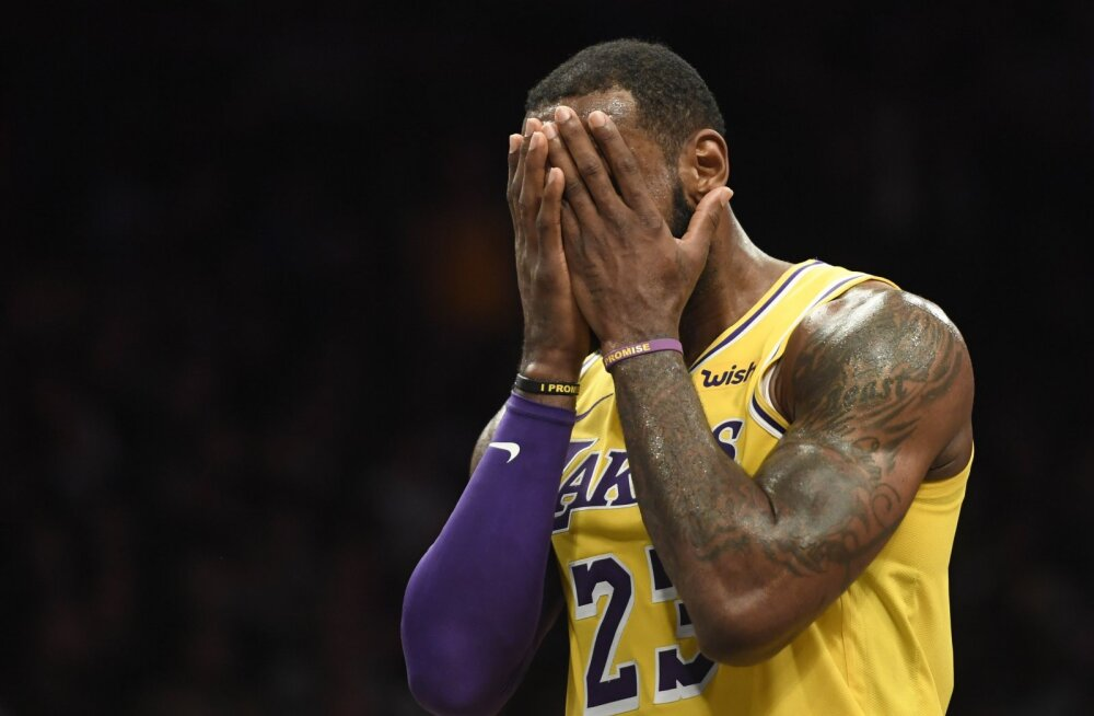Väiksemat sorti rassismiskandaali tekitanud LeBron James pidi vabandama