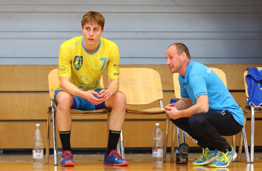 Legendaarse Lembit Nelke juures alustanud Simon Drõgin kuulab täna Marko Koksi õpetussõnu.
