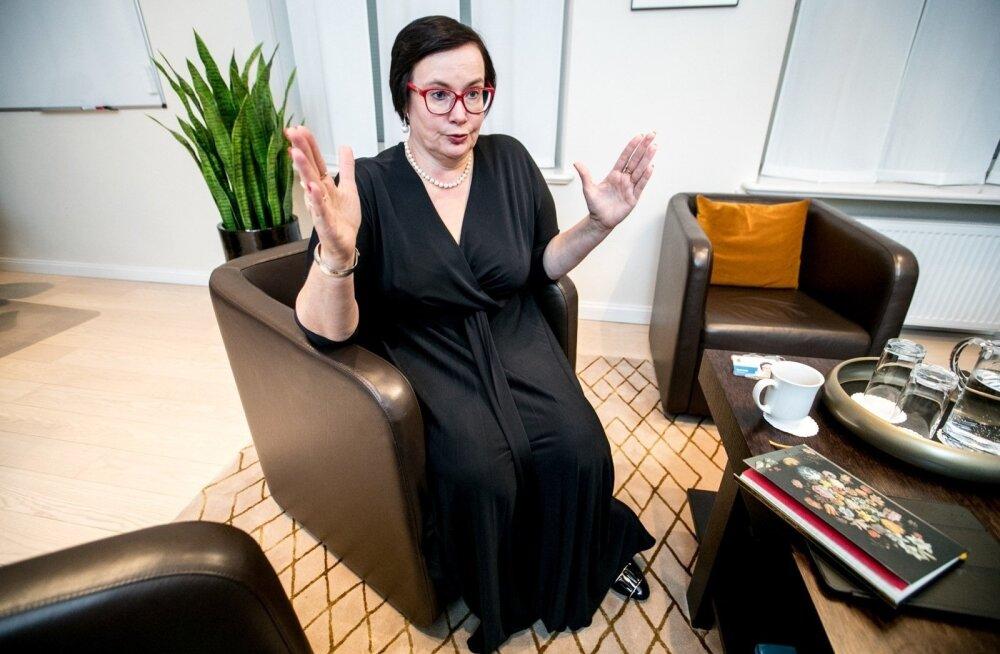 """""""Окно гражданства"""" для серопаспортников? Министр внутренних дел Катри Райк — об интеграции и других проблемах"""
