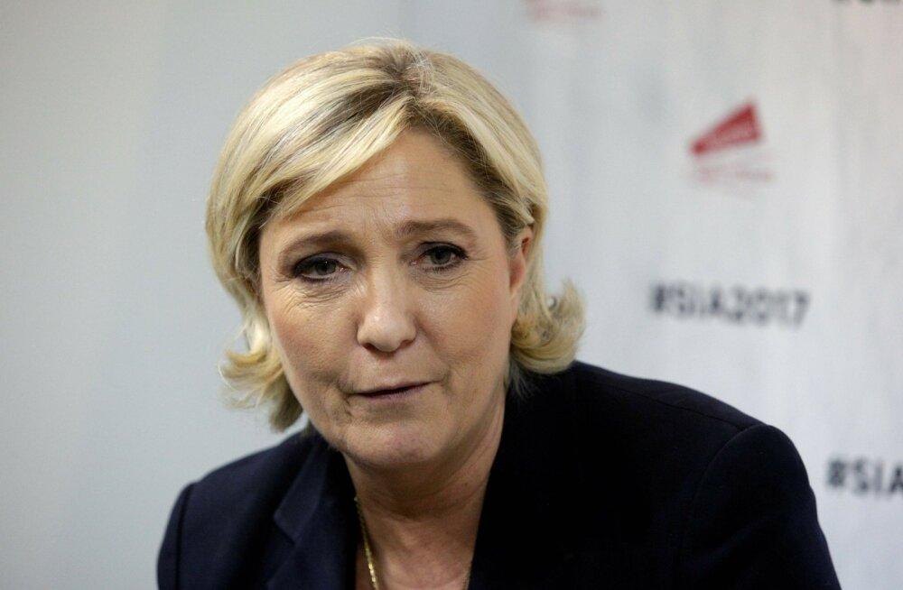 Europarlament võttis Prantsusmaa parempopulistide presidendikandidaadilt Le Penilt puutumatuse