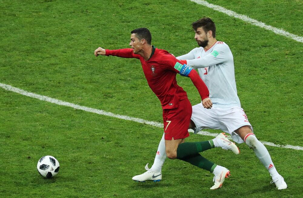 Gerard Pique süüdistab Cristiano Ronaldot sukeldumises