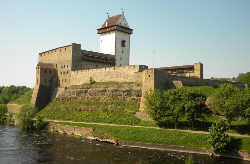 Спасибо датчанам за Нарвский замок!