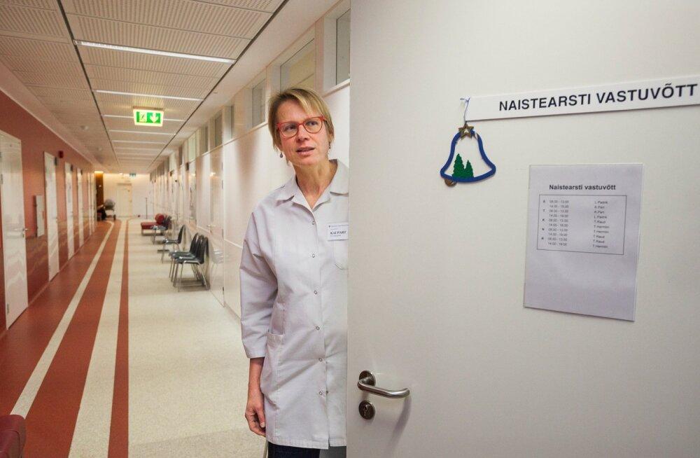 TÜ Kliinikumi naistekliiniku arst-õppejõud Kai Part ütles, et tal ei ole andmeid, et Eestis oleks suguelundite moonutamise tõttu naisi arsti juurde sattunud, küll on ta aga nõustanud üht tütarlast noorteportaali Amor.ee kaudu.