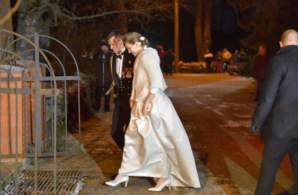 Kuidas kommenteerib moekunstnik Ülle Pohjanheimo Ieva Kupce pulmakleiti?