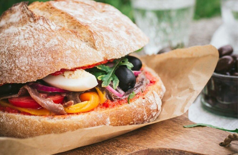 RETSEPTID | Universaalne valik: see maitsev toit sobib ühtviisi hästi hommikusöögiks, magustoiduks, piknikukorvi ja suupiste- või peolauale