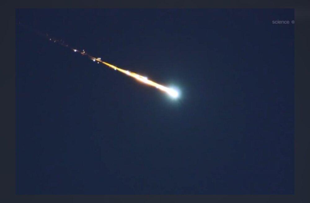 NASA kaart: 20 aastaga Maad tabanud asteroidid, Eesti jäi seekord puutumata