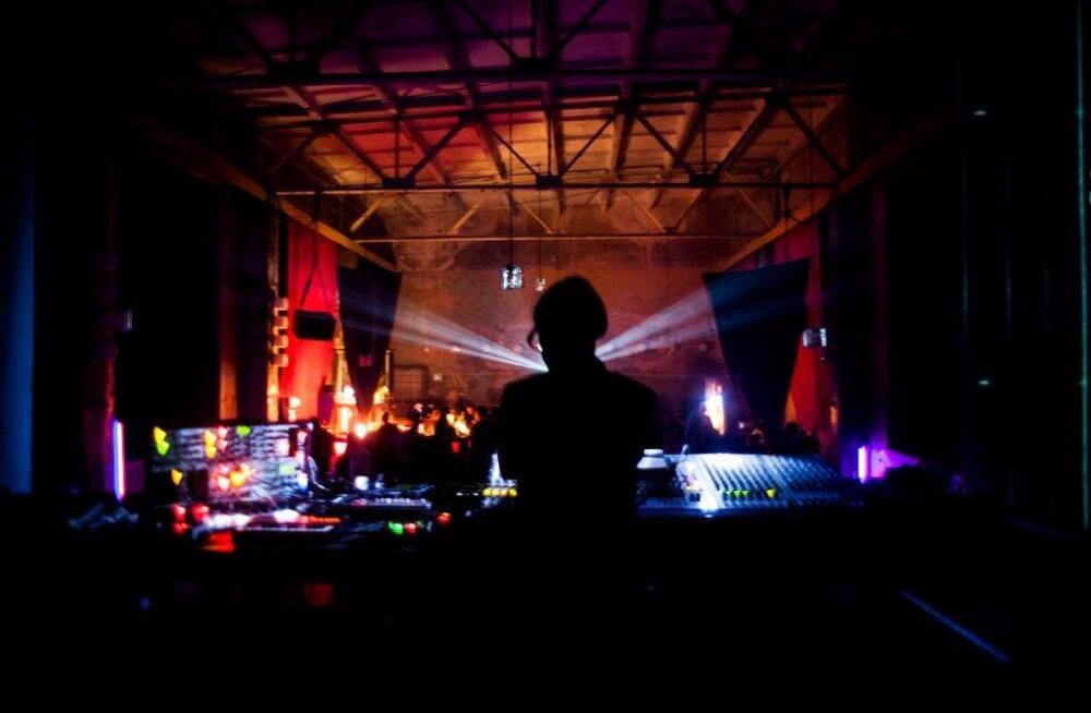 Soome <em>techno</em> Tallinna klubis: Hallis toimuval peol astuvad üles Helsingi <em>cool</em>imad DJd