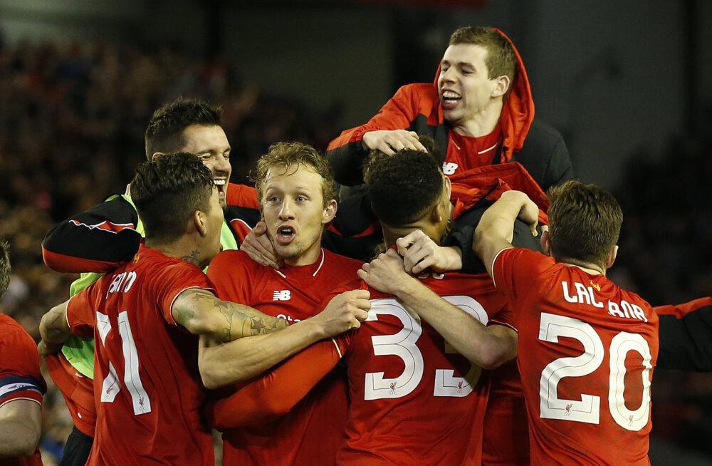 VIDEO: Liverpool alistas penaltitega Stoke'i ja pääses liigakarika finaali