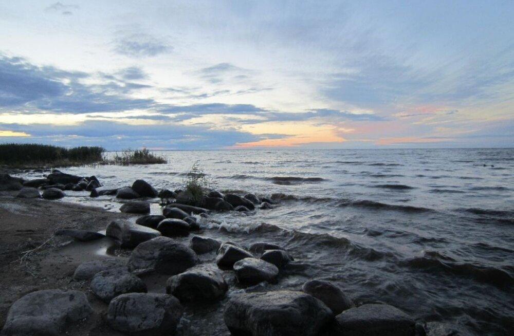 Peipsi Venemaa-poolsele kaldale ehitati EL-i raha eest mittetöötavad puhastusseadmed, solk ujub Eesti poole