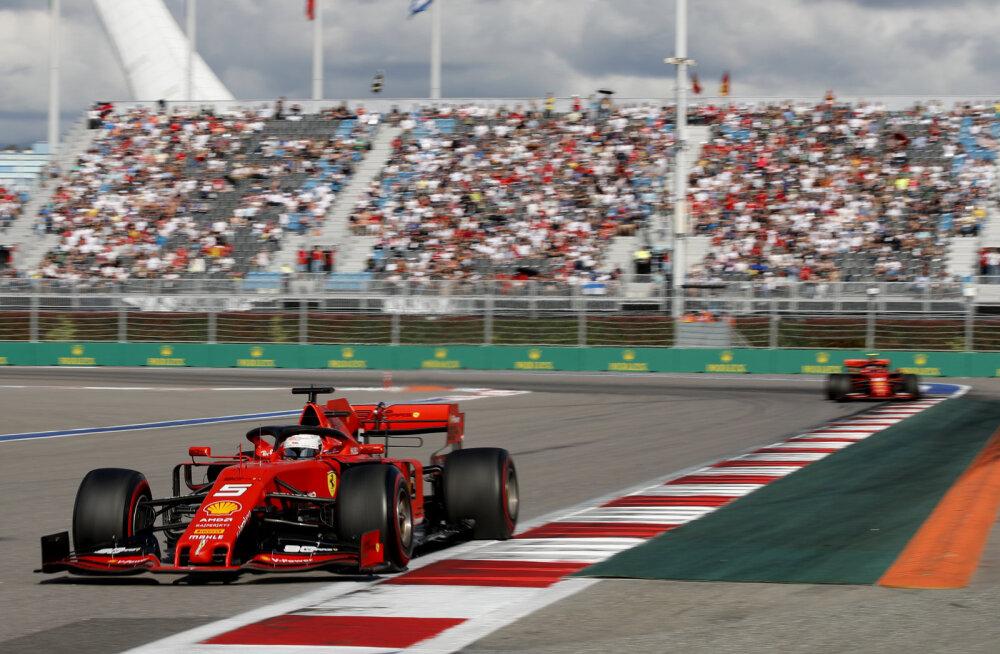 Sebastian Vettel Sotši ringrajal