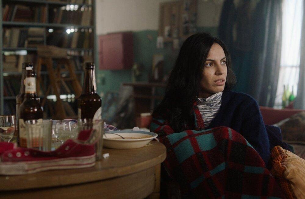 Lana Vatsel mängib Toomas Hussari filmis mustlanna Nolat.