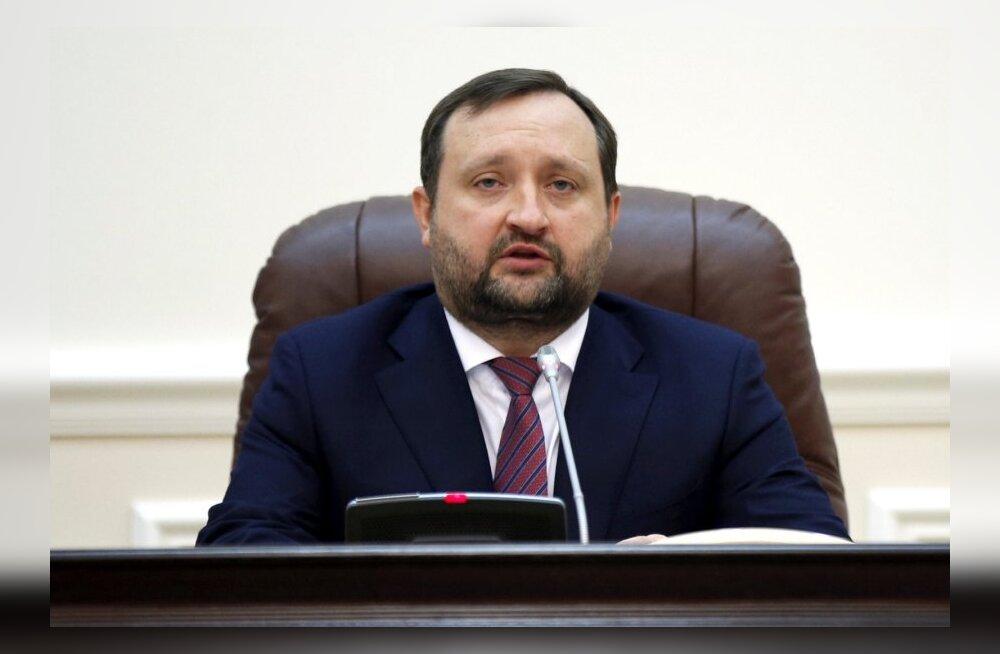 Ukraina peaministri kohusetäitja: Kiievis toimuv on jõuga võimu haaramise katse