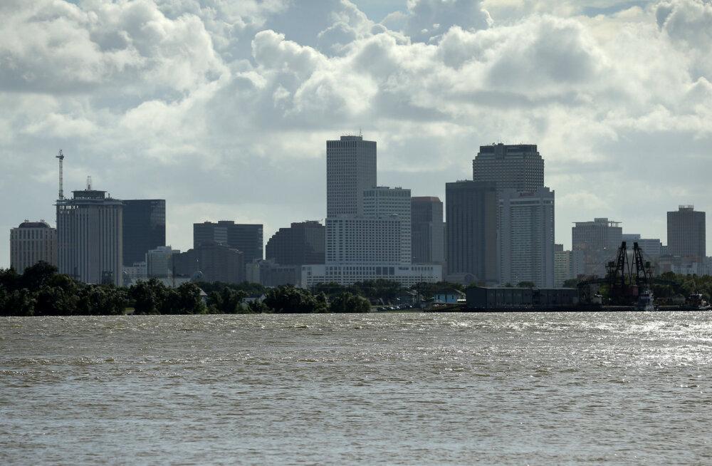 New Orleans valmistub troopiliseks tormiks Barry, olukorda raskendab kõrge veetase Mississippi jões