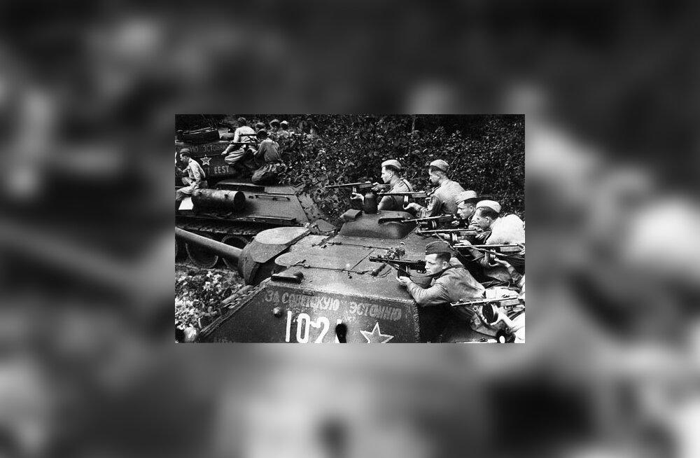 Страницы истории: эстонские красноармейцы против латышских эсэсовцев, битва в Курляндии