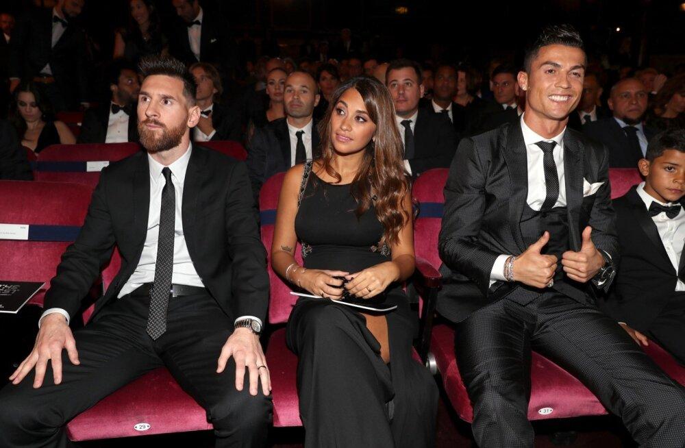 Lionel Messi ja Cristiano Ronaldo valitsesid parimate valimisi eelmised kümme aastat.