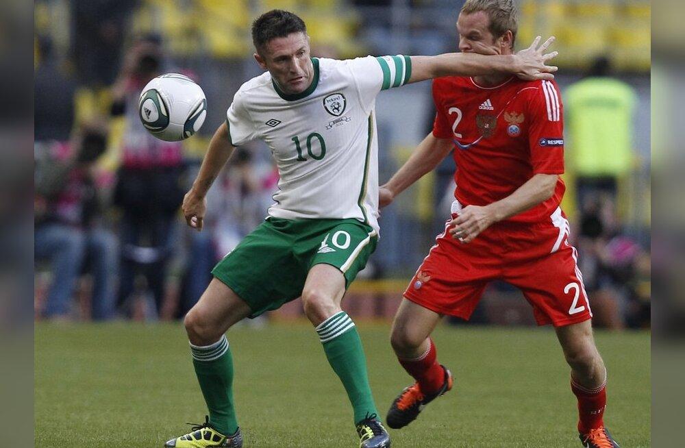 Esiplaanil Iirimaa koondise kapten Robbie Keane, jalgpall