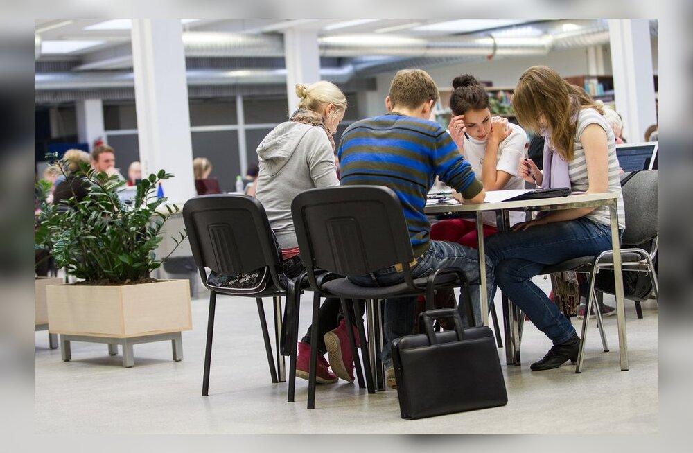 Lugeja: bakalaureus on mõttetu aja- ja raharaisk