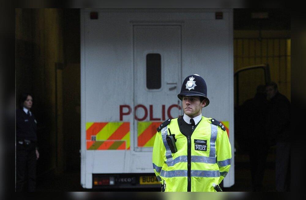 Inglismaal sai ahelkokkupõrkes viga 40 inimest