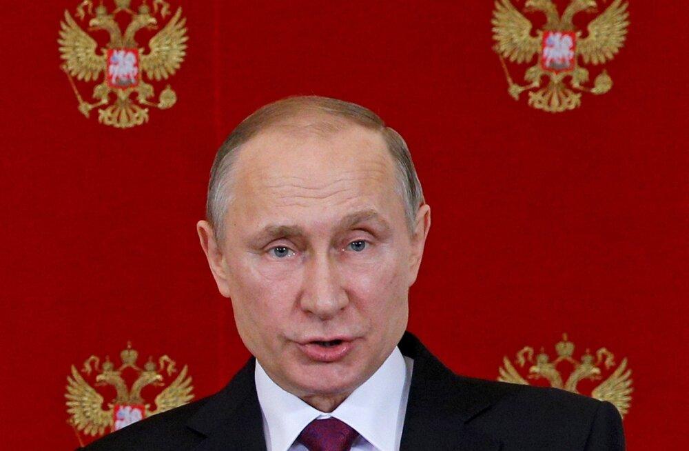 Putin: Washingtoni liitlased noogutavad nagu Hiina nukud - igav, tüdrukud