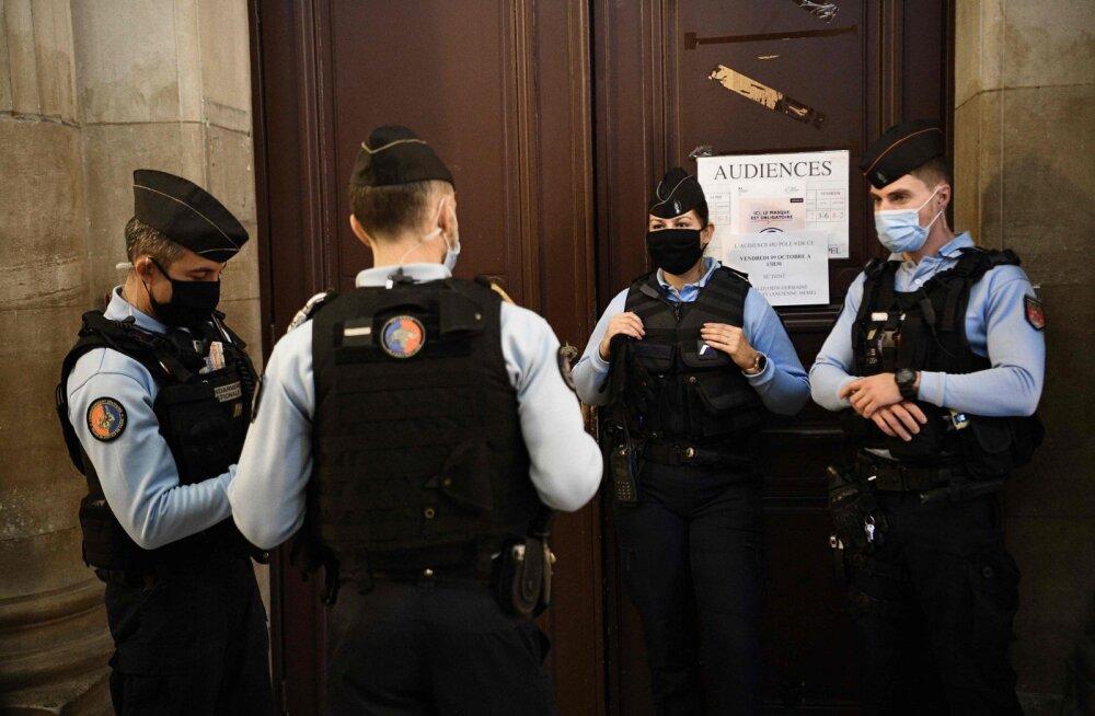 Prantsuse politsei on läbi otsinud arvatavate islamiäärmuslaste kodusid, uurimise all on ka organisatsioonid